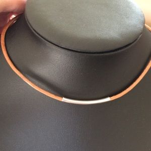 Jewelry - 3mm leather silver choker necklace